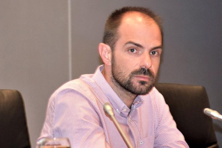 Παρέμβαση του Αντιπροέδρου του ΤΕΕ Νίκου Μήλη στο ΘΕΜΑ FM για το ασφαλιστικό: ΛΟΓΙΣΤΙΚΟ ΤΡΙΚ Η ΜΕΙΩΣΗ ΕΙΣΦΟΡΩΝ [ηχητικό]